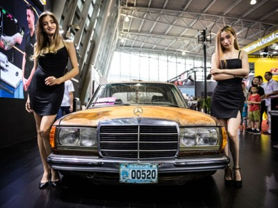 Benz w123 airride Photo sharing