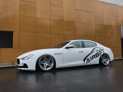 Maserati Ghibli airride stancenation of rotiform partner
