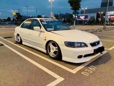 "Sixth generation Honda Accord Airride stanced""Classic still"""