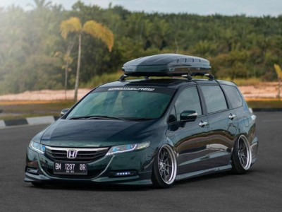"2008 Honda Odyssey air suspension""Classic works"""