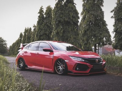 "Honda Civic FC air suspension""Born for challenge"""