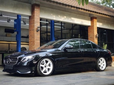 "Benz w213 air suspension""Wise men advance in time"""