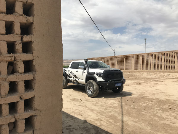 The 2018 AirBFT Airsuspension road test in the Taklamakan Desert